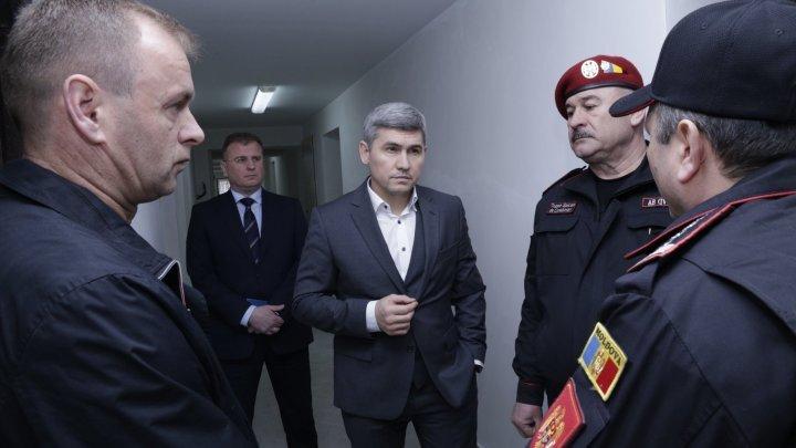 Глава МВД Александр Жиздан провел внеплановую проверку воинской части 1001