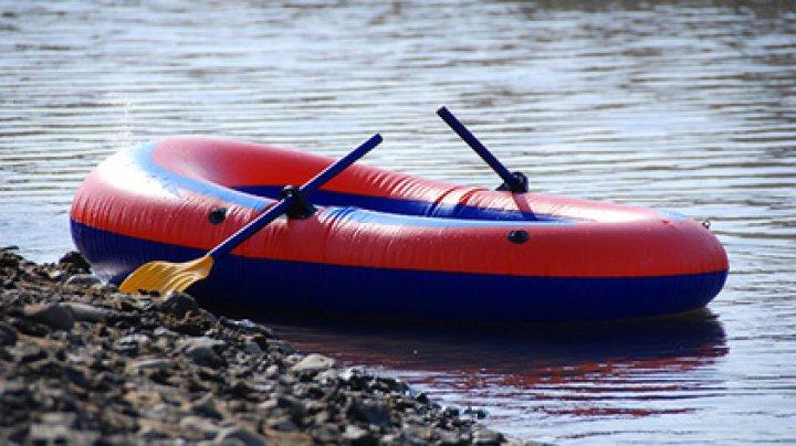 Дрейфующая лодка с мертвыми мигрантами помогла раскрыть убийство