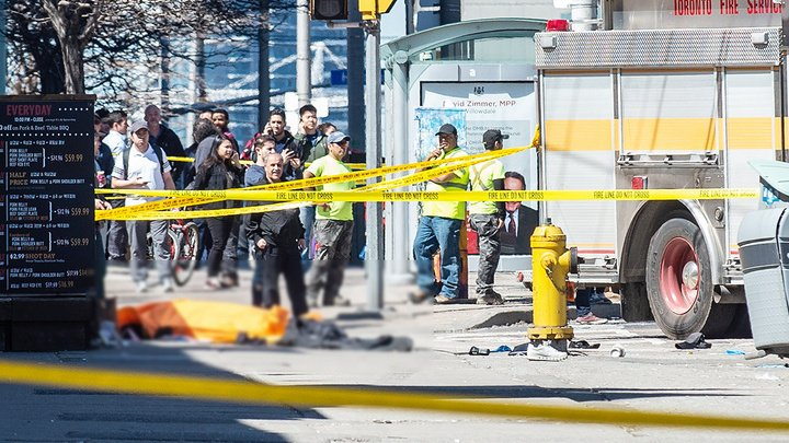 Наезд на пешеходов в Торонто: водителю предъявлены обвинения