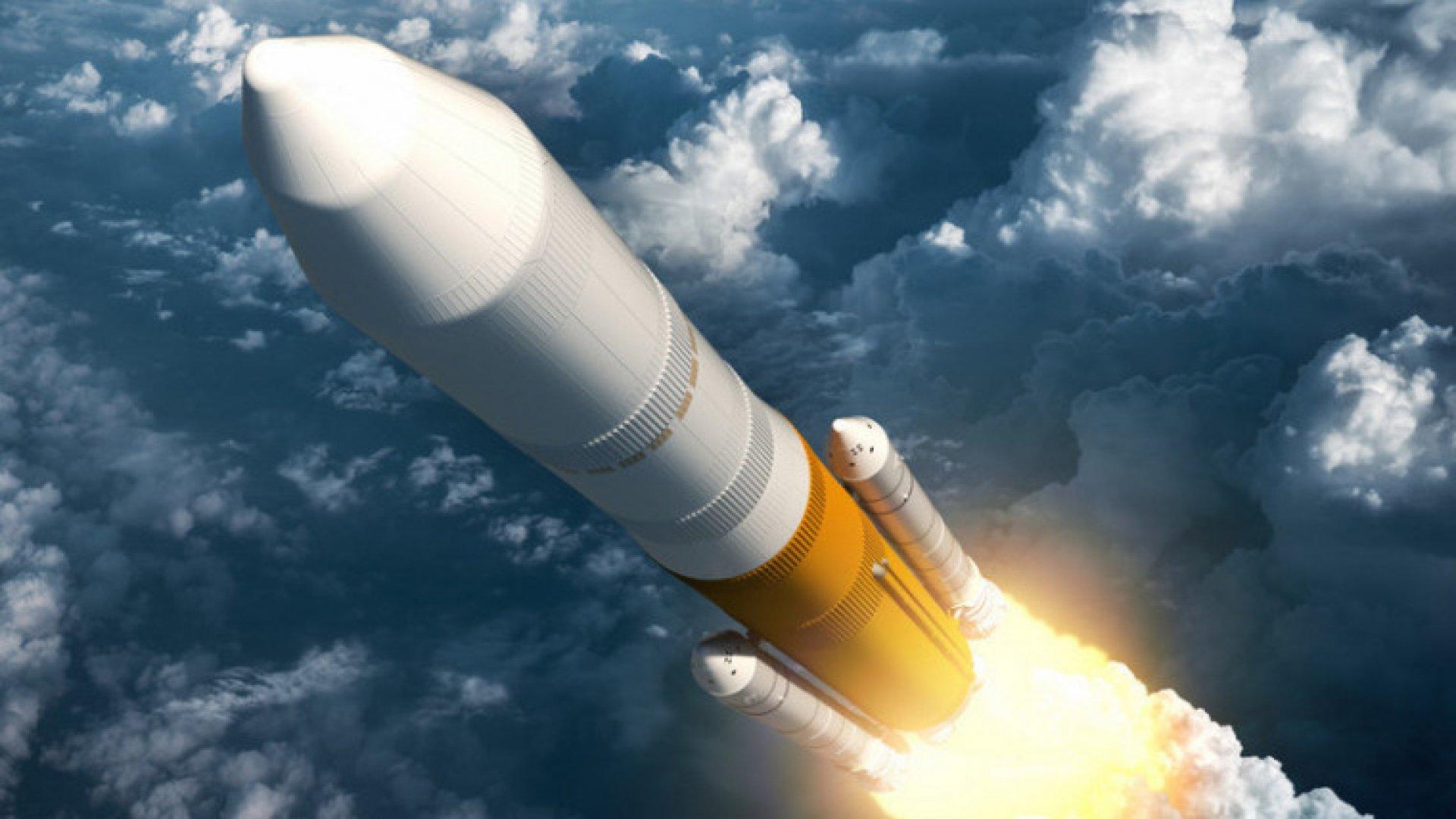 Картинка ракета в небе