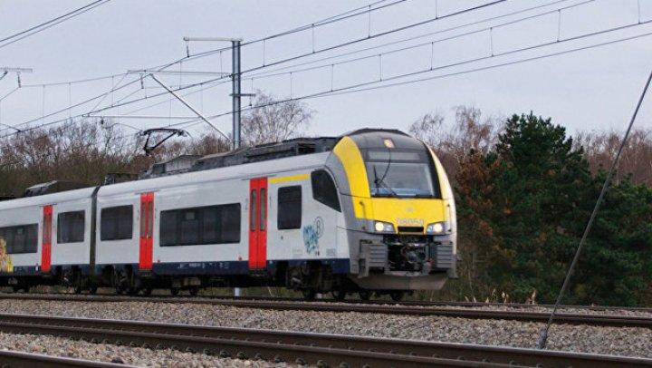 На Украине поезд столкнулся с автомобилем