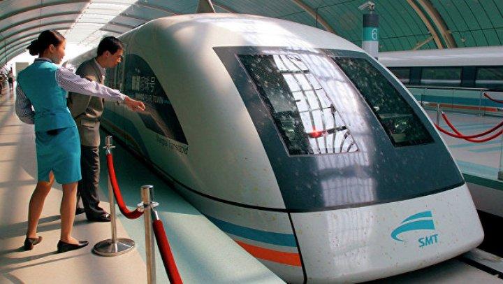Японский перевозчик извинился за «непростительно» ушедший на 25 секунд раньше поезд
