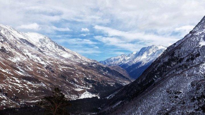 В горах Сочи спасатели обнаружили тело пропавшего туриста