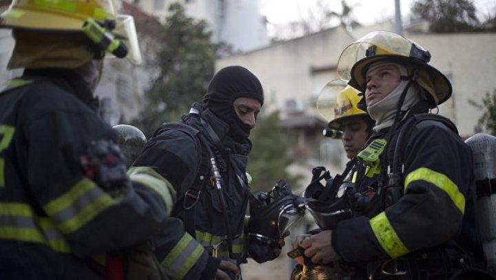 В Израиле пожар у аэропорта нарушил график авиарейсов
