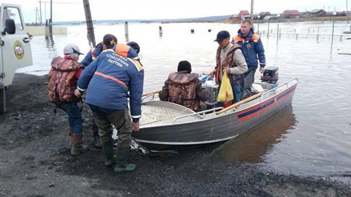 В Якутии паводком подтопило около 300 домов