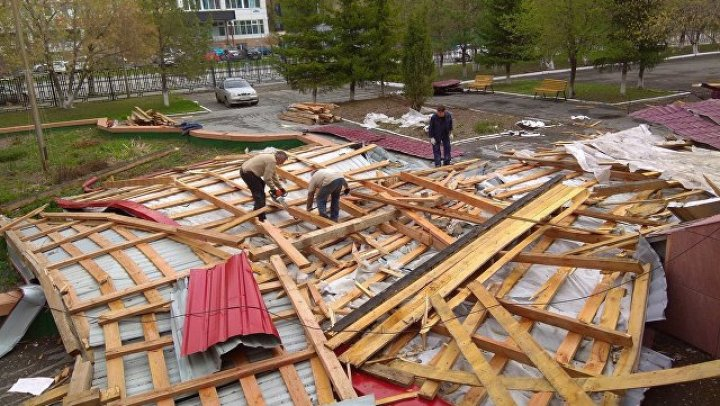 В Тюменской области во время урагана пострадали почти 40 человек