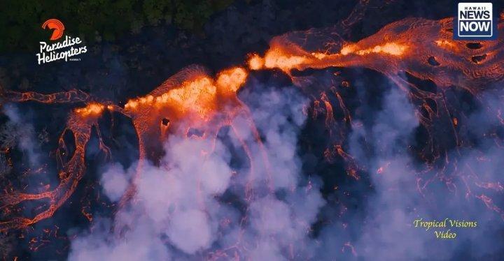 Извержение вулкана на Гавайях: реки лавы (видео)