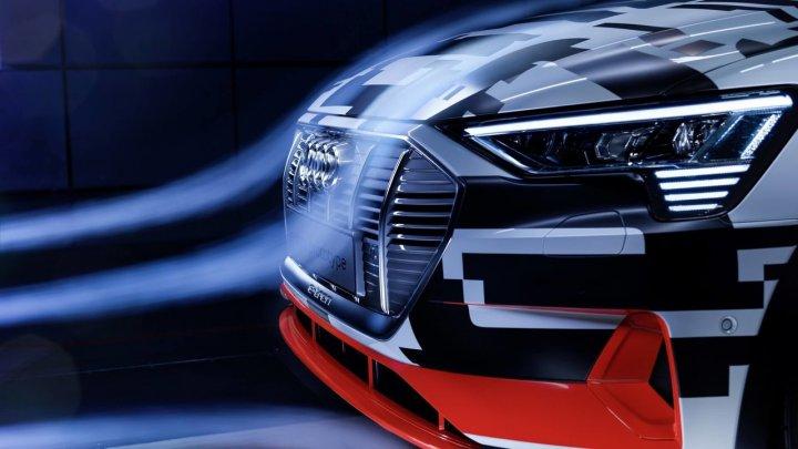 """Новый кроссовер Audi получит """"виртуальные"""" зеркала заднего вида"""