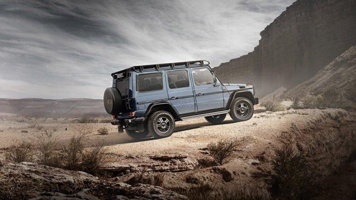 """Mercedes-Benz не намерен сворачивать производство старого """"Гелика"""""""