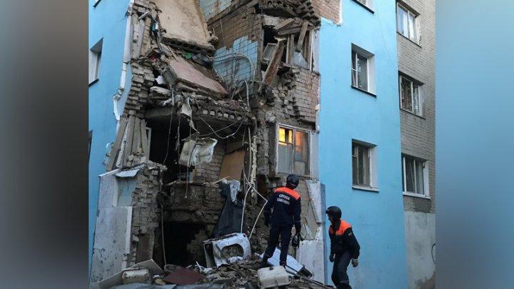 В Саратове обрушилась стена общежития