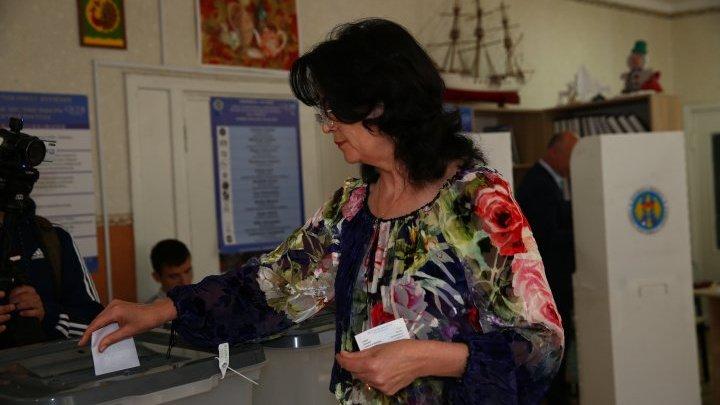 Избиратели рассказали, чего ожидают от сегодняшних выборов мэра Кишинева