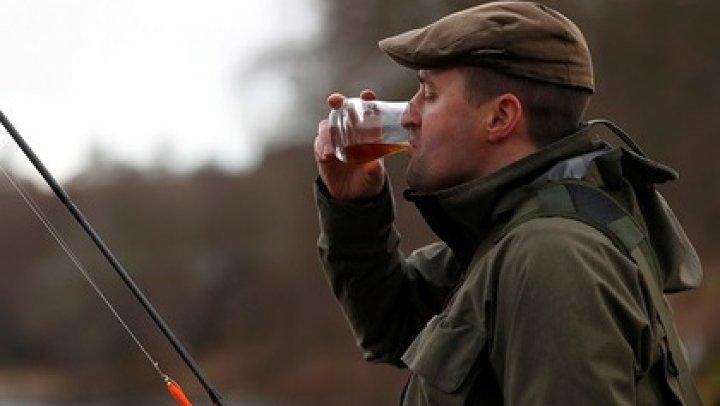 Шотландцам запретили дешевый виски