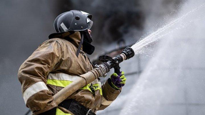 Тренер из Казахстана спас 48 человек из горящего автобуса на Алтае