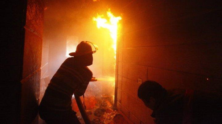 Опять слышны взрывы: под Харьковом загорелся склад боеприпасов (видео)