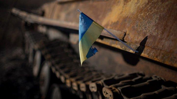 В Украине останками советских солдат штукатурили школу