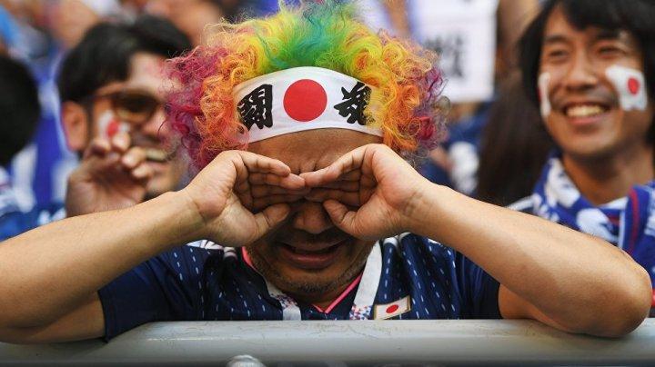 Болельщики сборной Японии после матча убрали весь мусор со стадиона