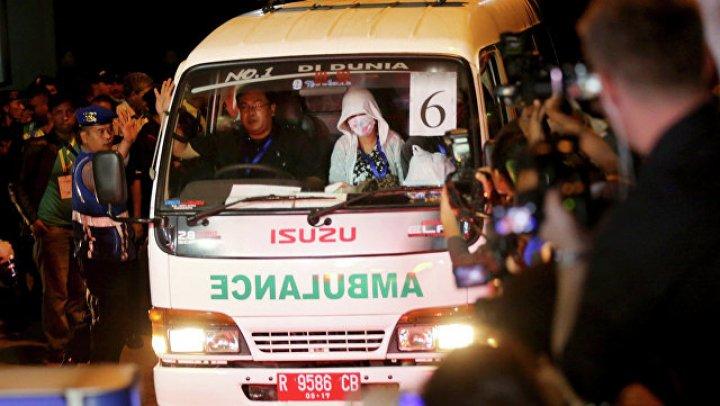 Число погибших при кораблекрушении у берегов Индонезии возросло до 16
