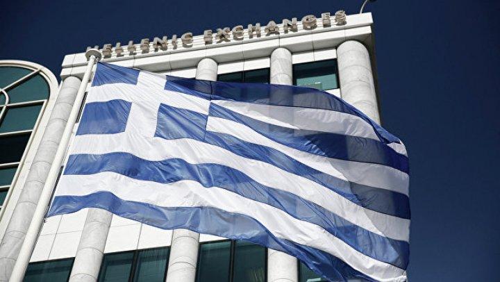 Еврокомиссия объявила о завершении греческого долгового кризиса