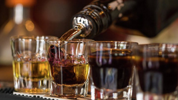 Литры виски вылились на дорогу в результате ДТП в Арканзасе
