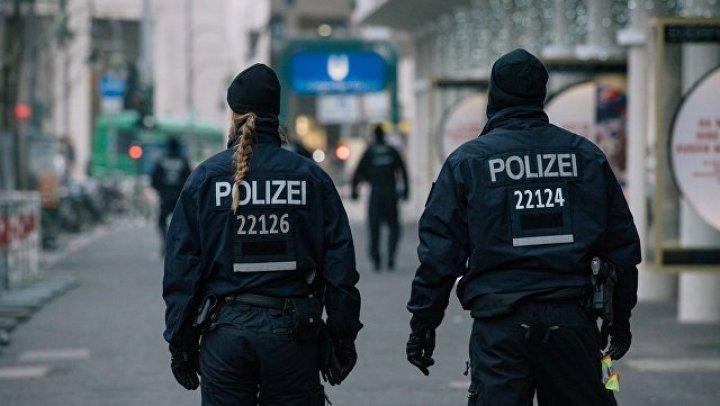 Полицейский открыл стрельбу в Берлинском кафедральном соборе
