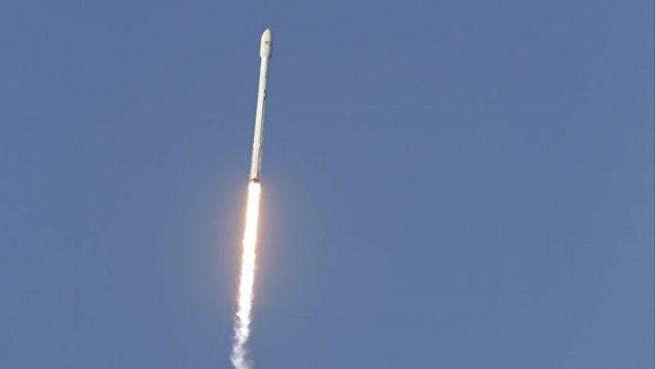 В США стартовала ракета-носитель Falcon 9