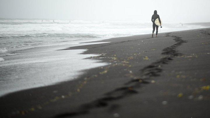Американка переплыла пролив между США и Кубой на доске для серфинга