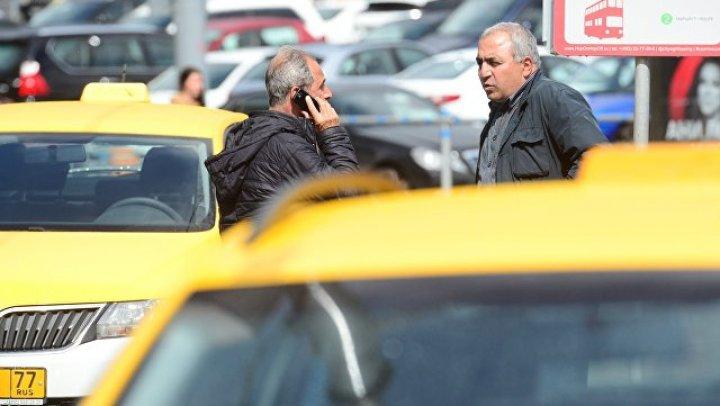 Врачи рассказали о состоянии пострадавших при наезде такси в центре Москвы
