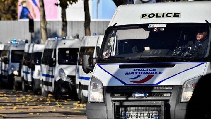 Парижский захватчик облил заложников бензином