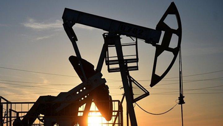 В Иране потушили пожар на одном из крупнейших в мире нефтеперерабатывающих заводов