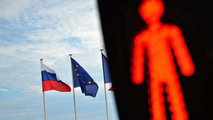 ЕС принял решение продлить санкции против РФ