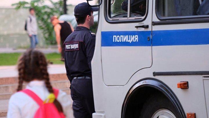 В Братске более 300 человек ищут пропавшую девятилетнюю девочку