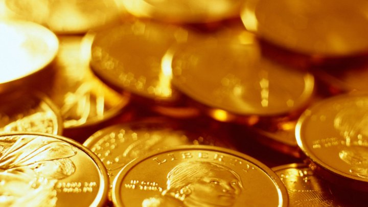 Во Франции при сносе дома нашли клад с золотыми монетами