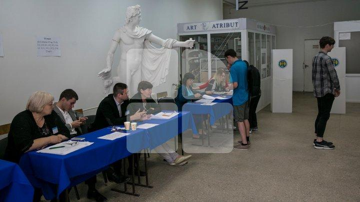 Обработано 93% голосов: Нэстасе лидирует по предварительным итогам выборов (LIVE TEXT)