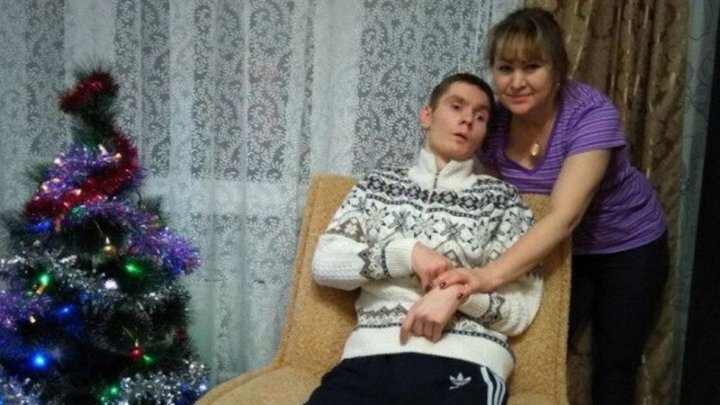 Мошенники выкрали у убитой горем матери все деньги на реабилитацию сына