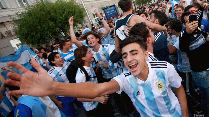 В Аргентине выход своей сборной в 1/8 финала ЧМ отметили народными гуляньями