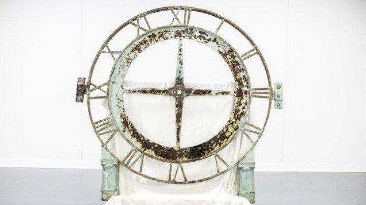 В США вор вернул городские часы, украденные 20 лет назад
