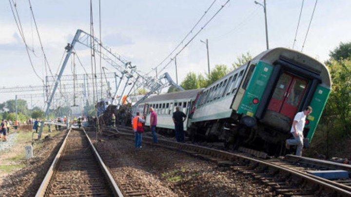 В Казахстане завели уголовное дело после крушения пассажирского поезда