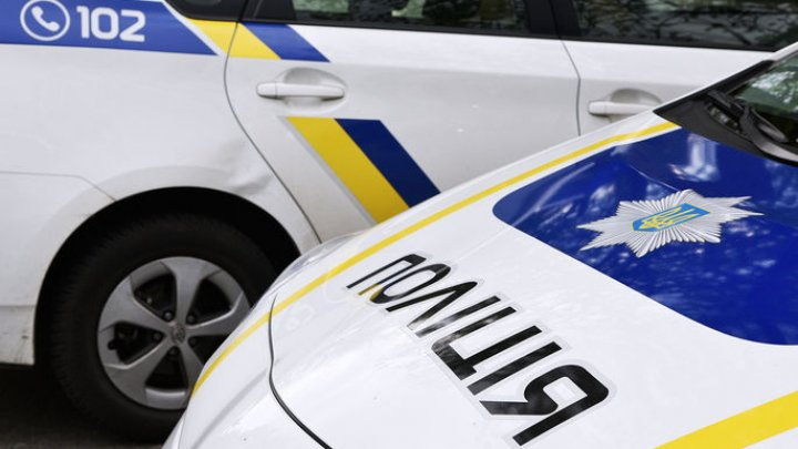 На Украине из-за ДТП автобус с 20 пассажирами съехал в кювет и перевернулся