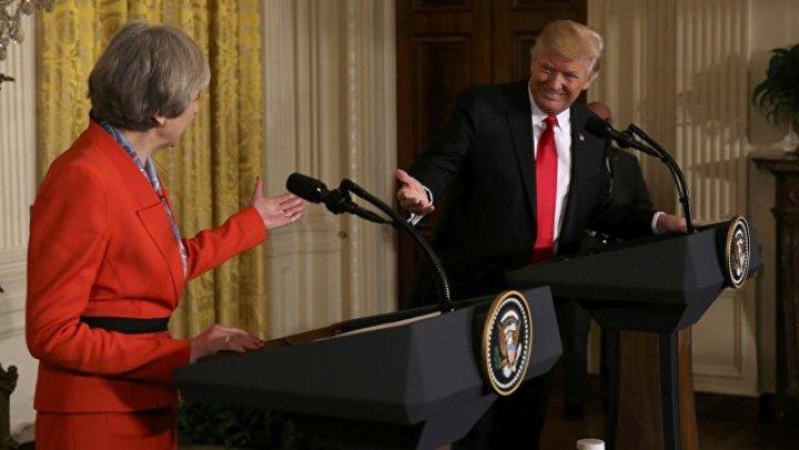 Встреченный протестами Трамп, больше не хочет приезжать в Лондон