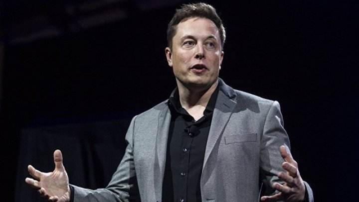 Инвесторы Tesla призвали Маска извиниться перед спасавшим детей в Таиланде дайвером