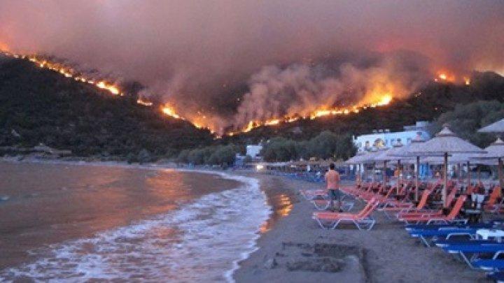 Пожары в Греции сняли со спутника