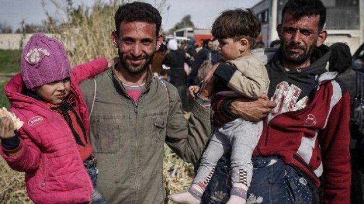 Более двух тысяч беженцев вернулись в Сирию за сутки