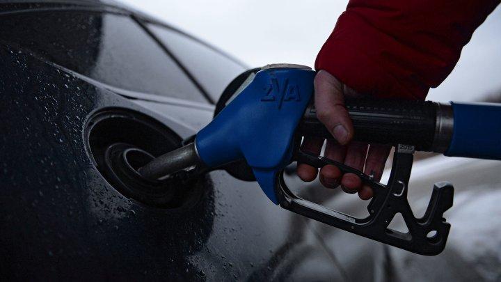 Эксперт рассказал водителям, как экономить на топливе