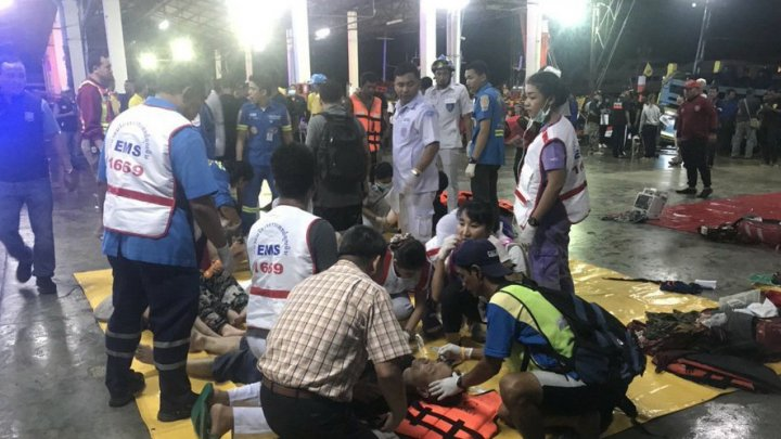 Жертвами крушения лодок во время шторма у Пхукета стали 18 человек