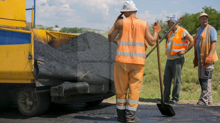"""""""Хорошие дороги для Молдовы"""": в Фалештском районе ремонт пройдёт в 33 населенных пунктах"""