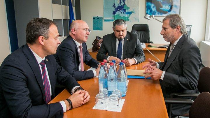 Павел Филип и Йоханнес Хан обсудили ситуацию с непризнанием выборов мэра Кишинёва