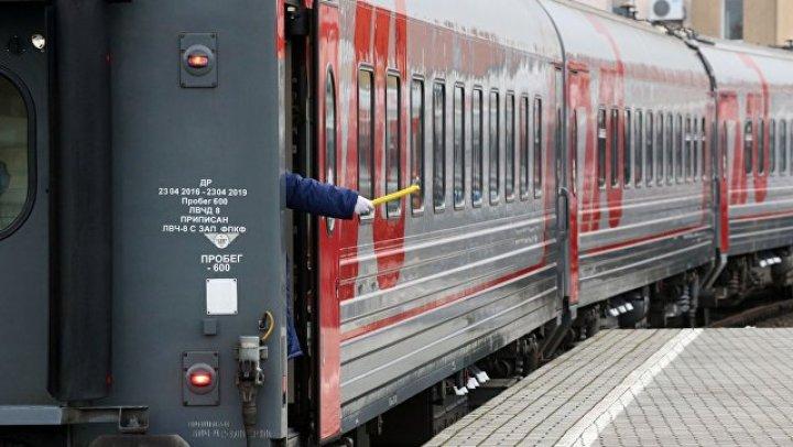 В Саратовской области поезд столкнулся с автомобилем