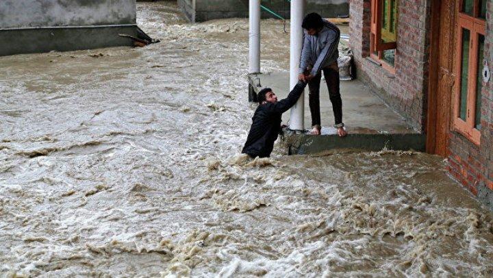 В Индии за сезон дождей погибли более 770 человек