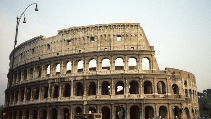 Колизей погаснет на час в память о погибших при обрушении моста в Генуе