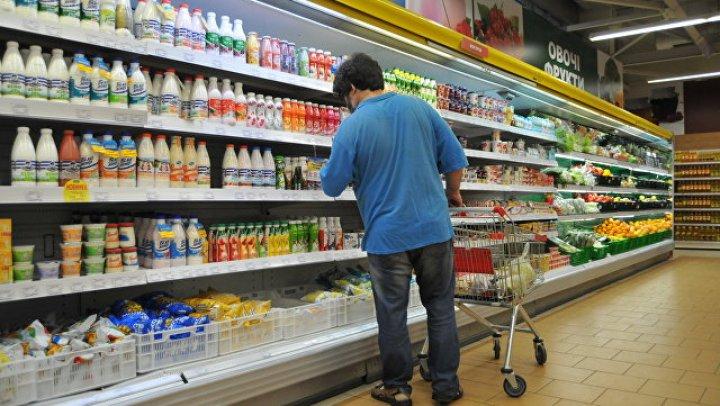 На Урале неизвестный зарезал двух человек в продуктовом магазине